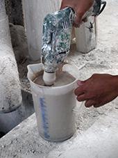 paper clay di mixer dengan electric drill